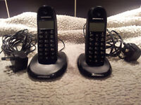 MOTOROLA C1202 TWIN DIGITAL CORDLESS PHONE