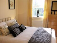 **Stylish Short let serviced 2 Bedroom in Newbury - incl bills, wifi, maid service! Book Now!