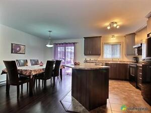 216 000$ - Jumelé à vendre à Gatineau (Buckingham) Gatineau Ottawa / Gatineau Area image 3