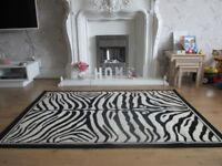 Zebra pattern rug 162cm x 115cm