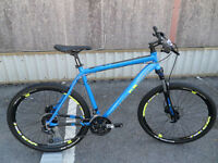 "Dimondback SYNC 4.0 27.5"" Hardtail Mountain Bike Brand New Hydraulic Brakes Located in Bridgend"