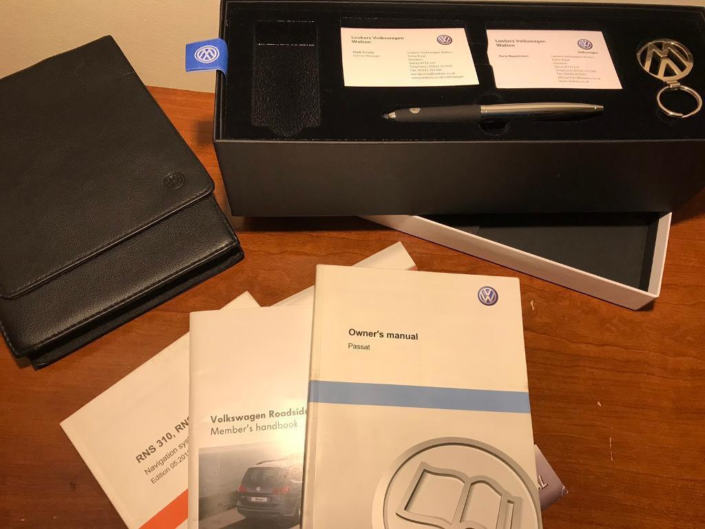 VW PASSAT Handbook Pack Owners Manual. West Byfleet, Surrey £25.00.  https://i.ebayimg.com/00/s/NzY4WDEwMjQ= ...