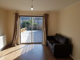 Refurbished 2 bed HOUSE to Rent in Goodmays