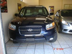 2009 Hyundai Santa Fe GLS 3.3L Leather,Sunroof,Side steps,Accide