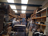 MODERN 2250 SQ FEET WARE HOUSE TO RENT in HAYES UB4 AREA £1500 PM PLUS VAT/RATES