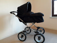 Silvercross Sleepover Pram to Buggy with cosy toes, changing bag and parasol