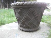 Large Tuscan Basketweave Stone Planter