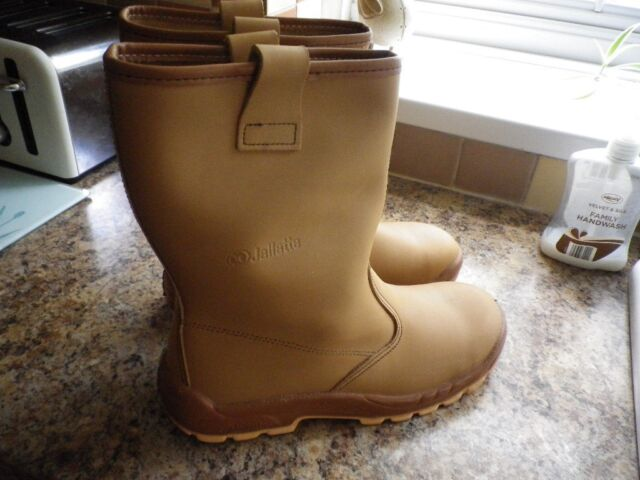 da167c938ca new rigger boots jallatte size 10.   in Hull, East Yorkshire   Gumtree