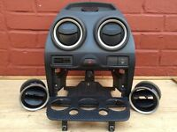 Ford Fiesta ST / Zetec S (02-08) DASH VENT SURROUND CARBON WRAPPED (Breaking Spares) mk6