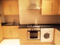 Modern 2 Bed Flat With 2 Bathrooms And Secured Parking Space In Croydon