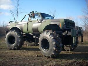 1974 GMC Pickup K2500 Monster truck Militaire BIGFOOT WINCH