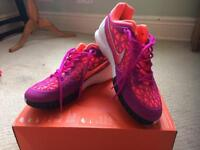 Nike tennis shoes new uk7.5