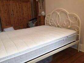 Double bed only 1 month old