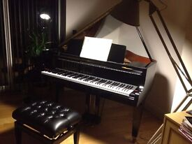 Kawai GM10 Baby Grand Piano For Sale - Excellent Condition, Lovely sound and touch