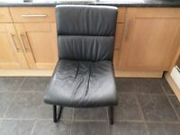 BLACK FAUX LEATHER CHAIR IN GOOD CONDITION