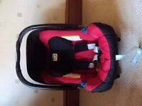 Britax Romer car seat and Britax Baby Safe Isofix base