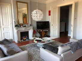 Sell fantastic flat in Montpellier France 181m2, integrated and regulated reversible climatisation
