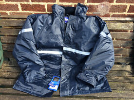 MEN`s OUTDOOR JACKET - SIZE XL - BN WITH TAGS