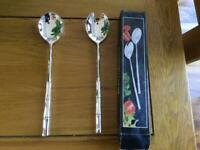 Salad spoon and fork set