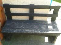garden bench needs a paint no saves needs gone today