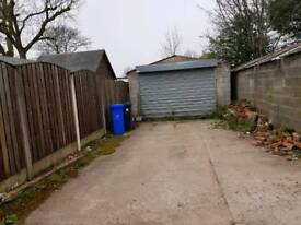 STORAGE/LOCK UP UNIT TO LET IN TAMESIDE GREATER MANCHESTER