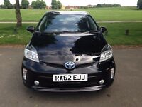 Toyota Prius T4 2012 Like New 1 Year MOT 1 Owner SAT NAV Reverse Camera - P/x welcome
