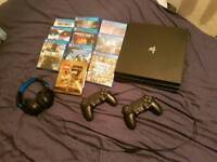 PS4 PRO, 2 controllers, 10 games and headset