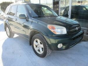 2005 Toyota RAV4 4WD WITH LEATHER AND ALLOYS!