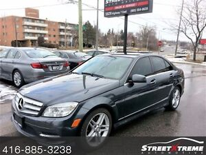 2011 Mercedes-Benz C 300 **FULLY LOADED AWD & CLEAN CARPROOF**