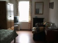 Large room to let near Sheerness town centre
