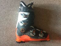 Salomon X Pro 100 2016 Ski Boots (ONE WEEK OF USE ONLY)