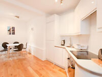 CLIFTON BRISTOL STUDIO FLAT _______ HURRY UP AND RESERVE IT!!!!