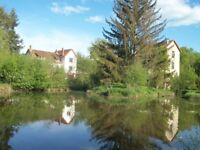 FRANCE - House + outbuilding on 2.7 hectares with pond of 2500 m² approximately