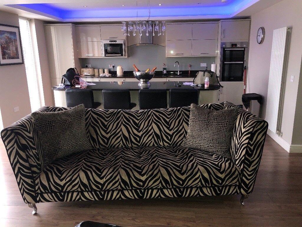 Zebra print sofa 4 seater shades lounge cuddle chair