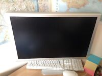 Apple Power Mac G5 includes mouse keyboard and Screen all genuine apple