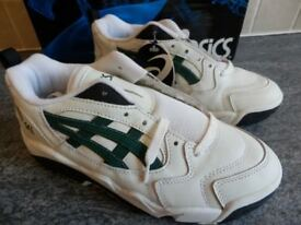 Asics Gel V3 JR Trainers - White/Green/Black - An outstanding buy at the price