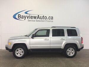 2014 Jeep PATRIOT - AUTO! 2.4L! 4x4! HITCH! A/C! CRUISE!