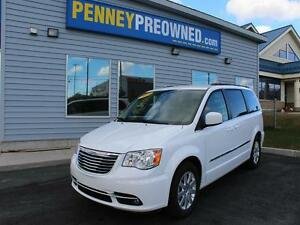 2015 Chrysler Town and Country 4dr Wgn