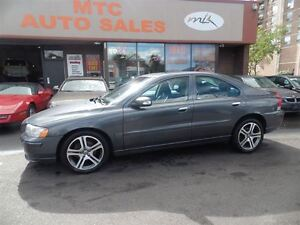 2007 Volvo S60 2.5T A SR, LEATHER, AWD