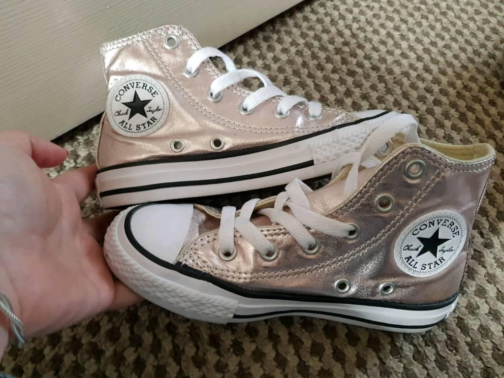115bb2a840fb Girls Rose gold converse boots kids size 11
