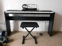Piano - electric keyboard