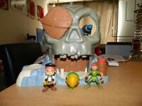 Jake and the neverland pirates skull island with figures