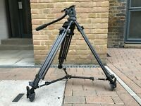 Miller 420 LW Toggle tripod with DS10 head