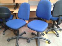 Office swivel chair (black, blue)