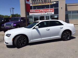 2016 Chrysler 300 S|LEATHER|SUNROOF|8.4