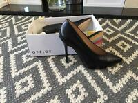 Office shoes with box size 5