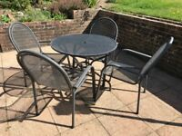 Garden circular table and 4 chairs