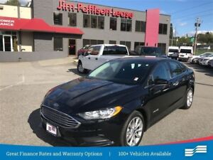 2017 Ford Fusion Hybrid SE w/ Back up camera