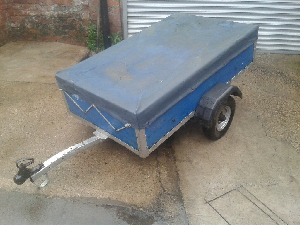 5' x 3' Trailer with lighting board and spare wheel