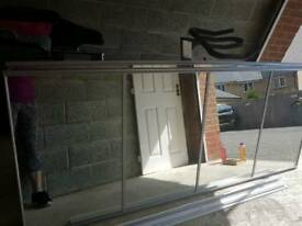 Mirrored panel wardrobe doors with rauls